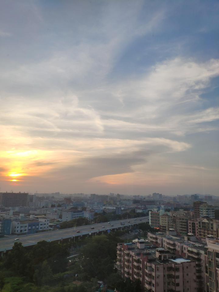 深圳市宝安区松岗街道沙江路中海西岸华府