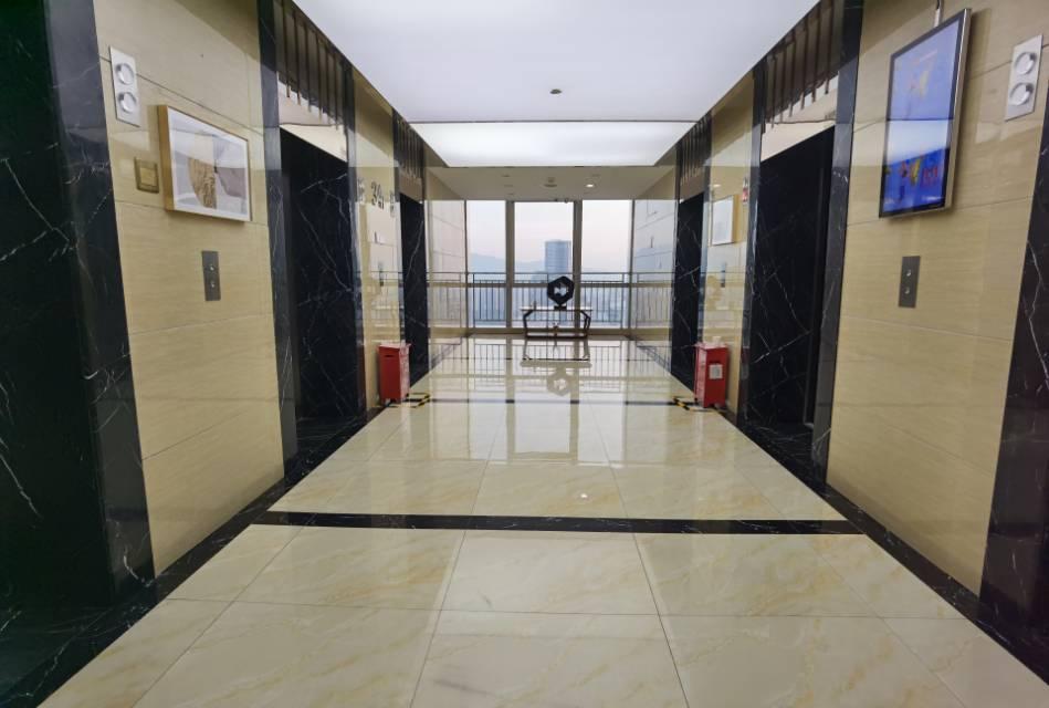 福田三折出租办公空间,深圳首家天使荟落地福田,已有12家科技公司入驻