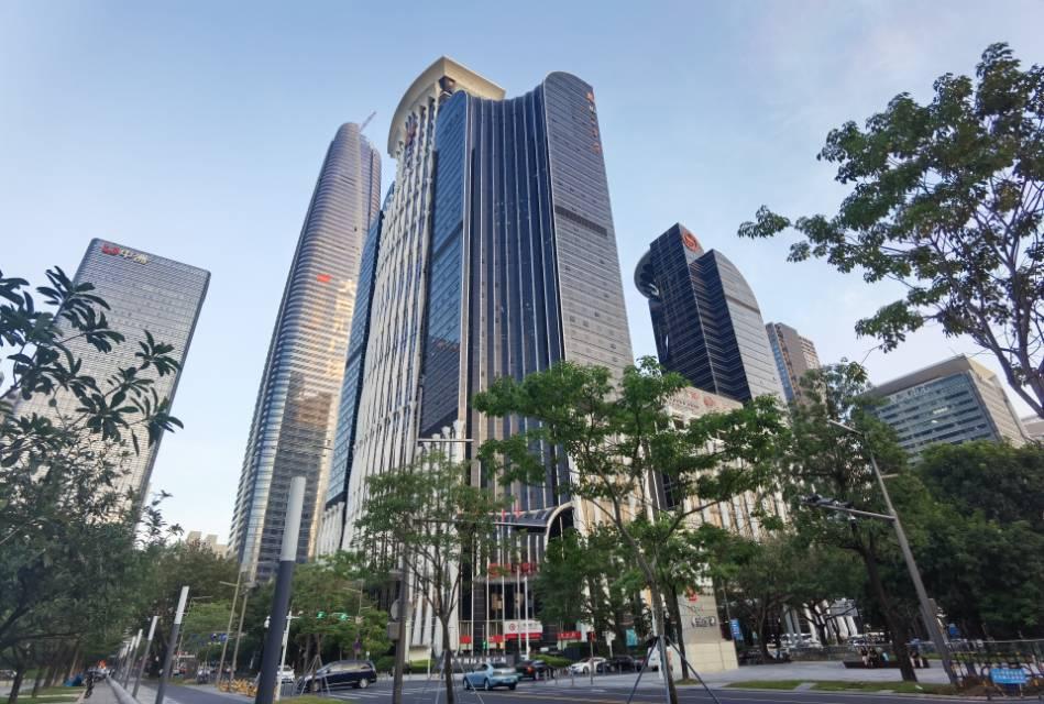 大中华国际交易广场 1187平 中层 3.9万/㎡出售