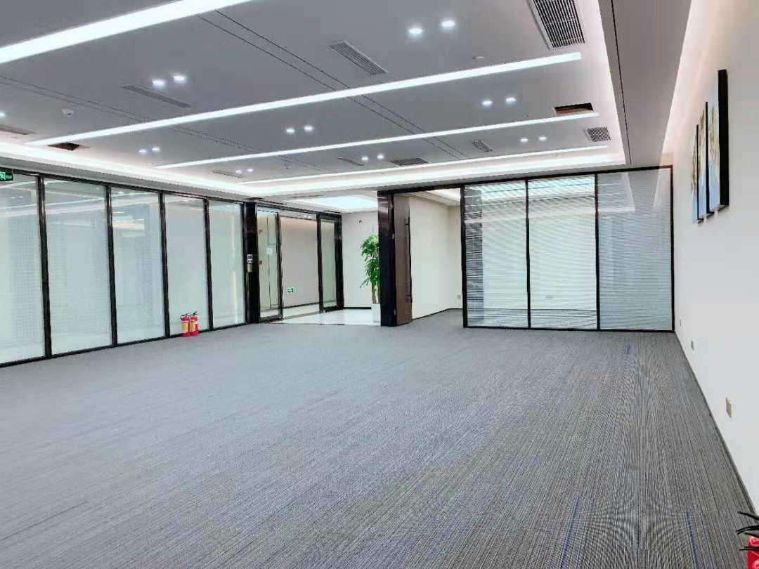6月1日起深圳赛格大厦进行激振测试