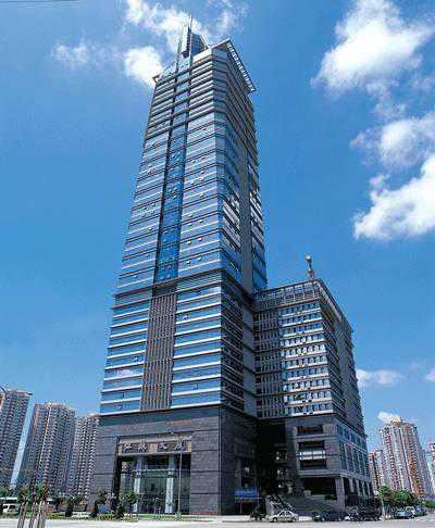 福田中心区 江苏大厦 698平 精装大户型写字楼 双面采光可上下水 特价出租