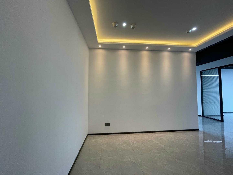 龙岗 京基御景时代大厦 302平 双层百叶窗 户型方正精装写字楼出租