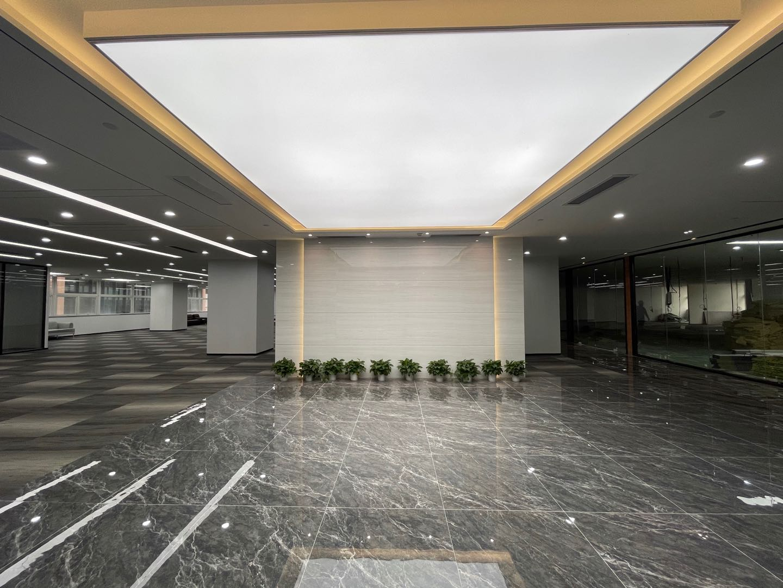 南山区科技园飞亚达科技大厦682.86平方精装办公室出租