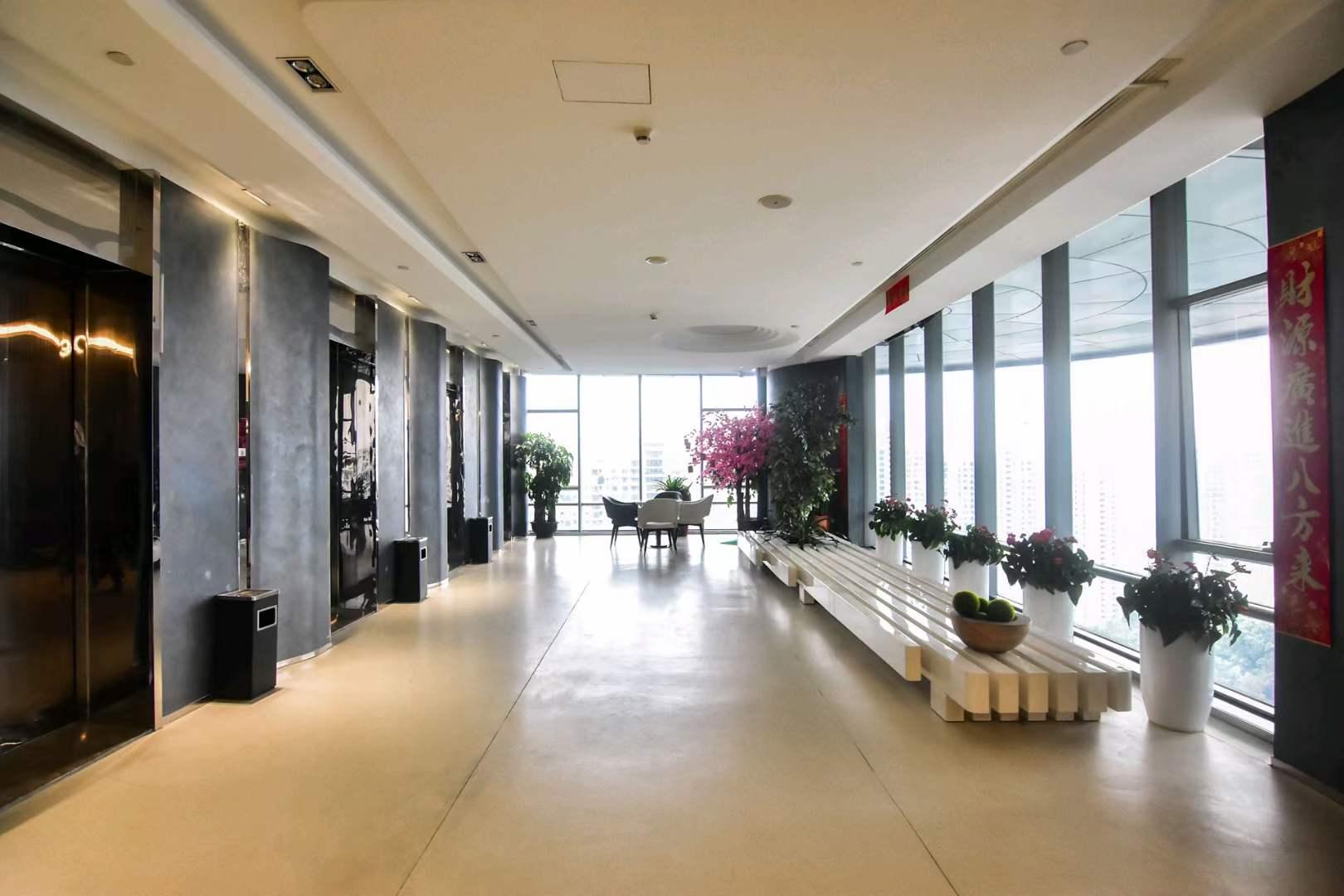 南山区华侨城智慧广场整层1480平方双阳台精装办公室出租