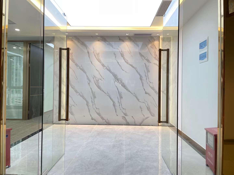 南山大冲商务中心精装修420平电梯口双面采光户型方正高新园地铁口