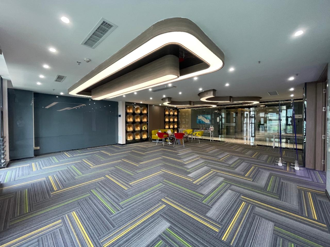 南山科技园地铁口丽雅查尔顿广场97平-1000平全新装修可配齐家私业主直租