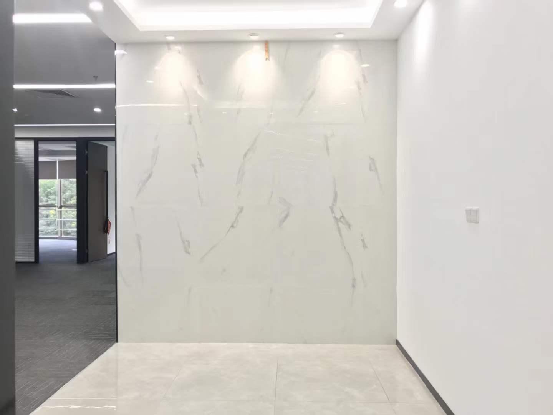 南山区科技园北航大厦327平方精装办公室出租