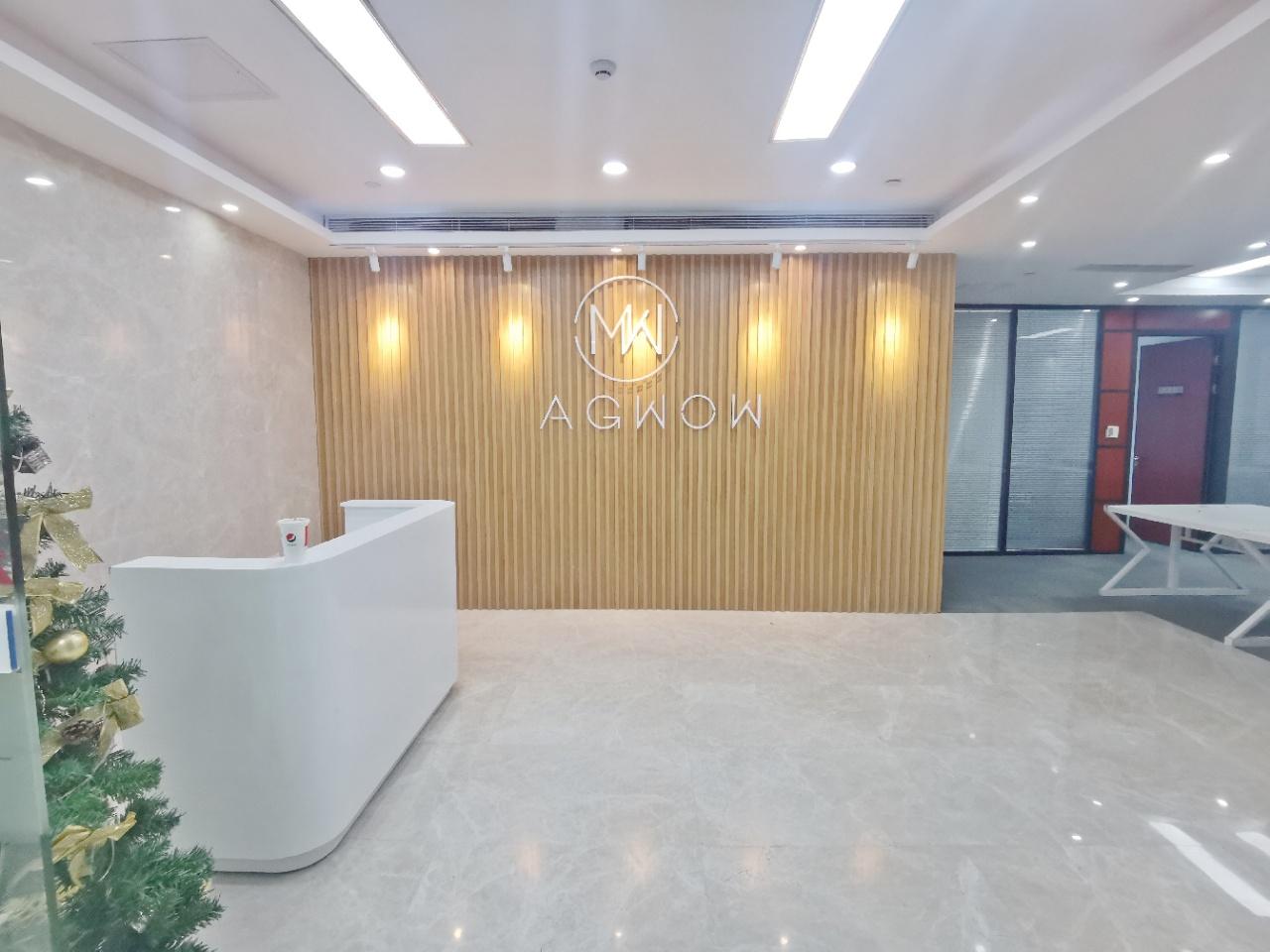 南山大冲商务中心485平电梯口精装修双面采光高层看海景业主直租