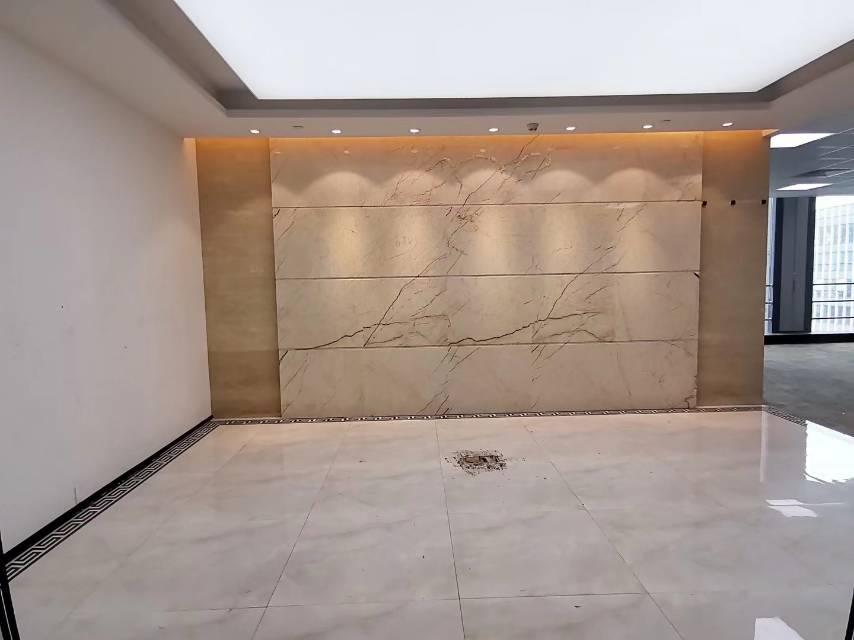 南山科技园南区北理工大厦电梯口双面采光精装修