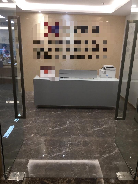 南山区科技园惠恒大厦500平方电梯口精装办公室出租【可备案】